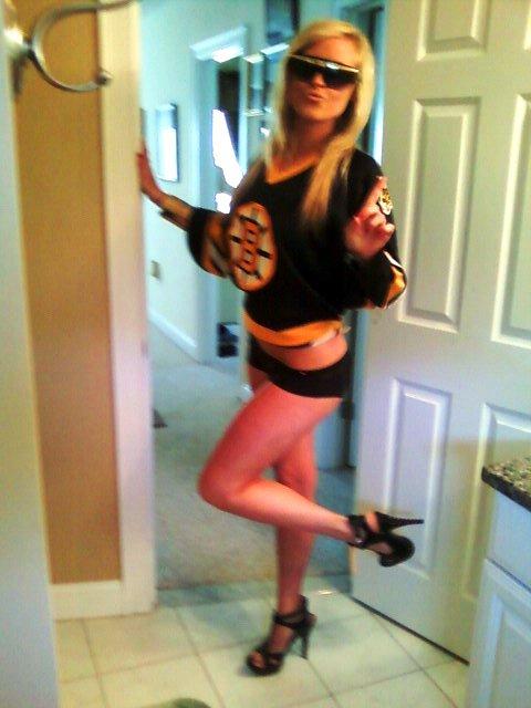 Thusday Hockey Chick