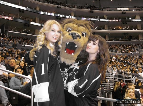 Two For Tuesday: T-Swift Curse in Full Effect for Kings
